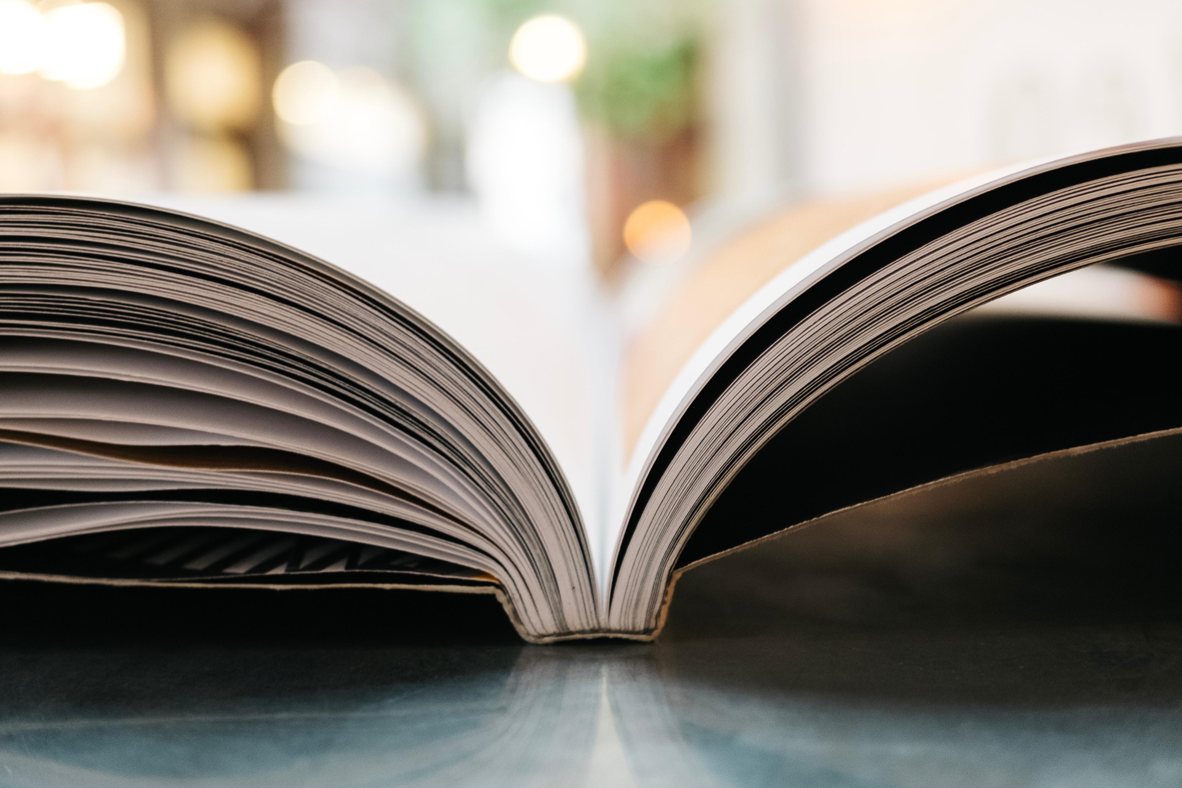 """Presentazione in biblioteca del libro """"La canzone del cavaliere"""" di Ben Pastor"""